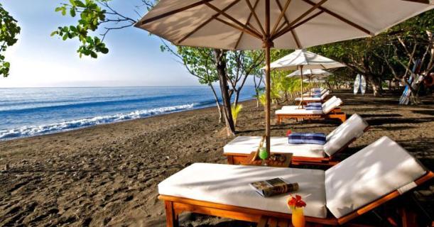 Foto Suasana Pantai di Hotel Matahari Beach Resort & Spa, Bali