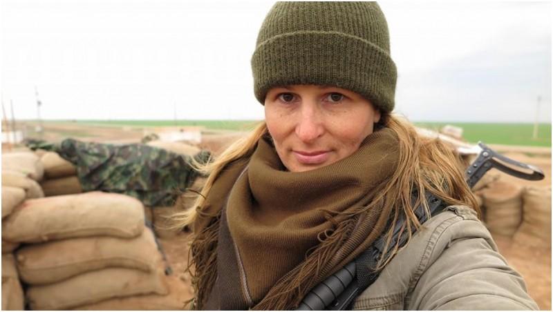 Tiger Sun, Eks Model Seksi Ini Bertempur Melawan ISIS di Suriah