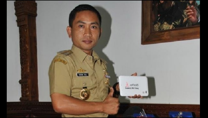 https://anekainfounik.files.wordpress.com/2015/11/bupati-batang-yoyok-riyo-sudibyo.jpg