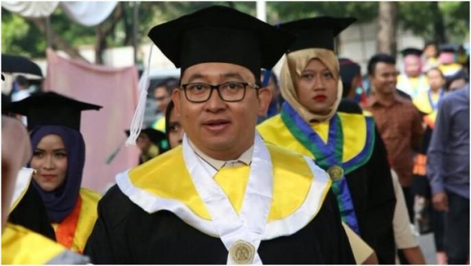Hasil gambar untuk Disertasi Doktor Fadli Zon Wakil Ketua DPR RI