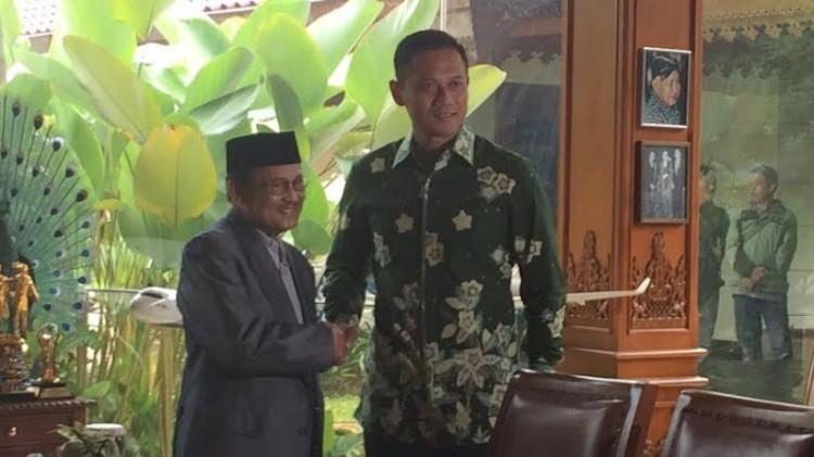 Agus Harimurti Yudhoyono bertemu BJ Habibie