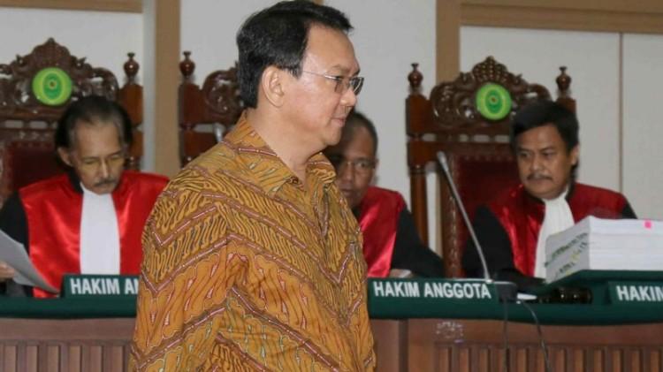 Ahok menghadiri sidang ke-8 kasus penodaan agama