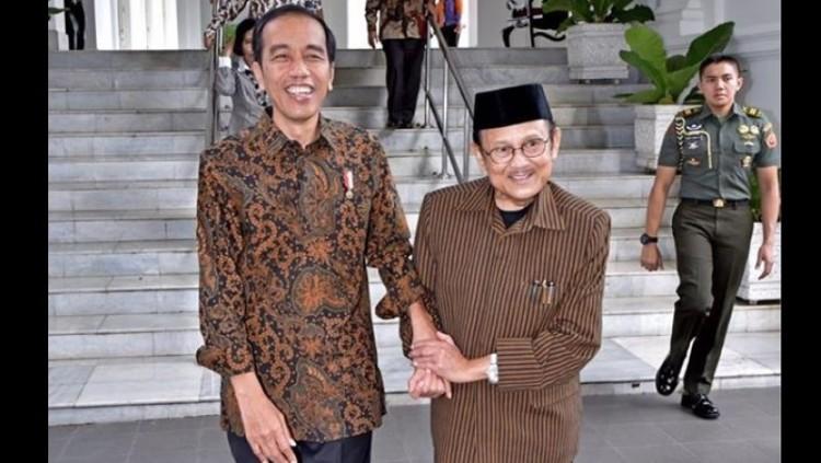 Jokowi menerima BJ Habibie di Istana