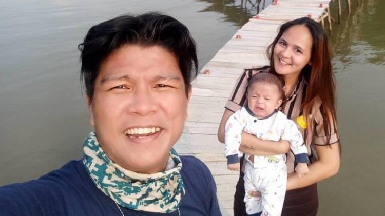 Andika Kangen Band bersama istrinya, Chairunnisa alias Caca