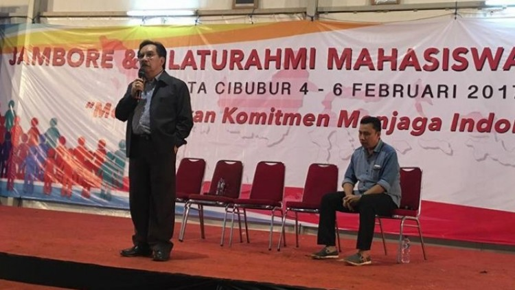 Antasari Azhar berpidato di acara Jambore Mahasiswa di Cibubur