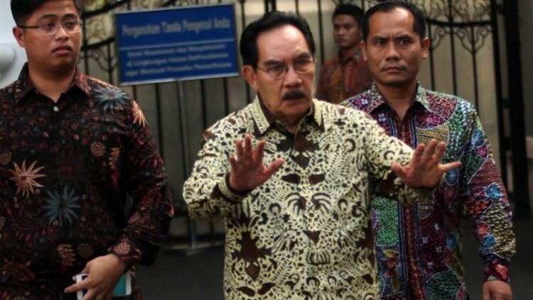 Antasari Azhar usai bertemu Presiden Jokowi di Istana Merdeka