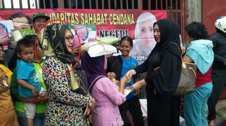 Foto diduga Kak Emma dalam acara Firza Husein