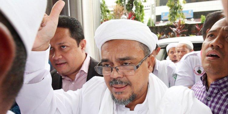 Habib Rizieq yang menjadi saksi ahli agama di Sidang Ahok