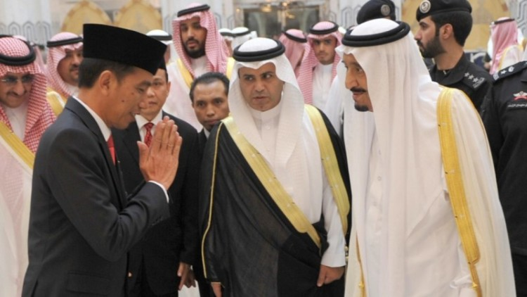 Jokowi bertemu Raja Arab Saudi di Jeddah