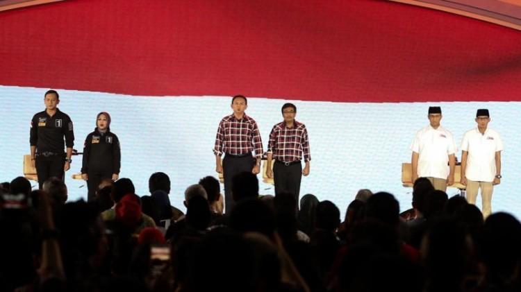 Ketiga paslon tampil di debat terakhir Pilgub DKI 2017