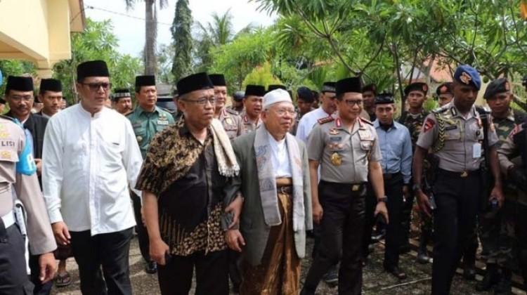 Ketua Umum MUI Maruf Amin dan Kapolri Jenderal Tito Karnavian