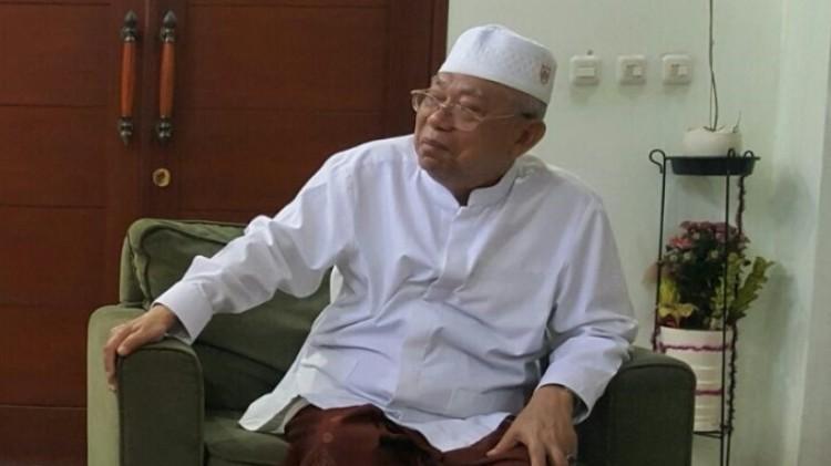 Ma'ruf Amin meminta umat Islam menerima Ahok jadi gubernur