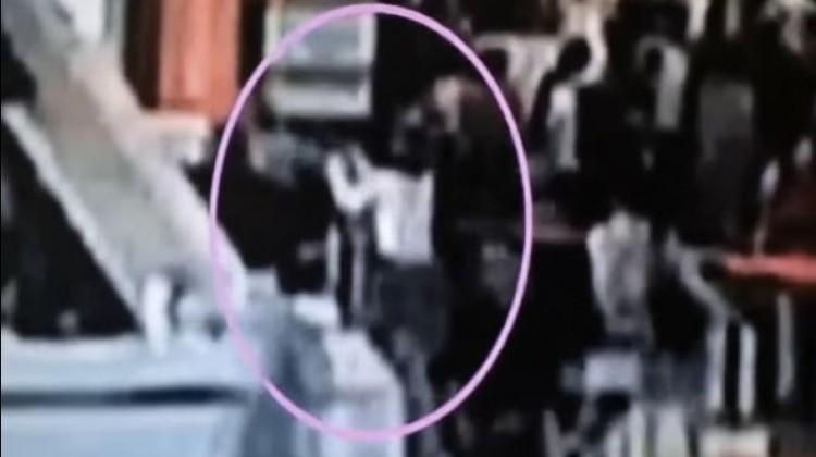Momen saat Kim Jong-Nam disemprot zat kimia