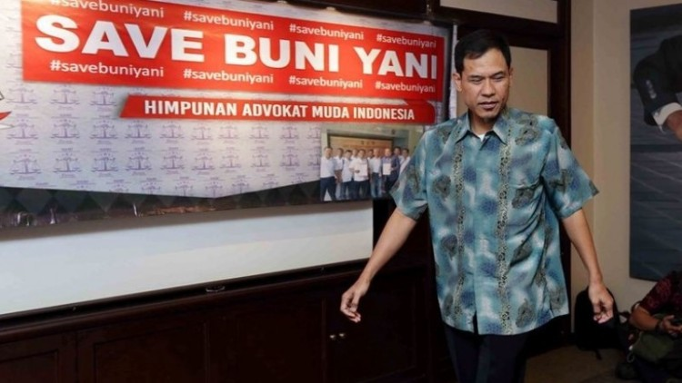 Munarman FPI yang diisukan jadi pengacara Freeport