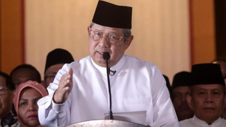 SBY dalam jumpa pers di rumahnya, Jalan Mega Kuningan Jakarta