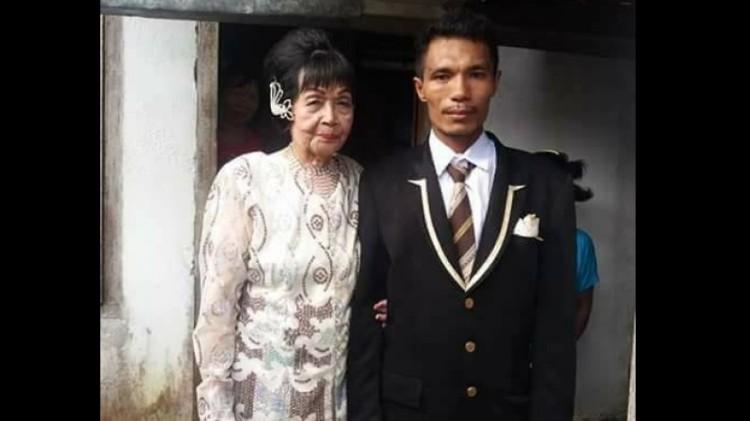 Sofian Loho Dandel dan Martha Potu setelah menikah