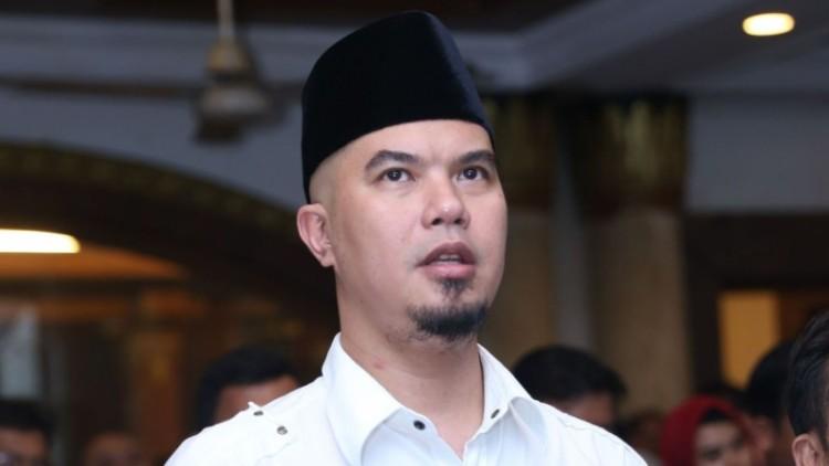 Ahmad Dhani dituding berutang ke pedagang barang antik