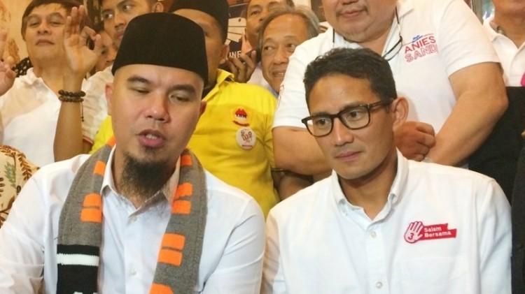 Ahmad Dhani saat bersama Sandiaga Uno