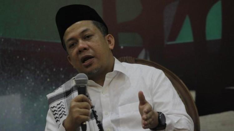 Fahri Hamzah kembali mengkritik Ahok