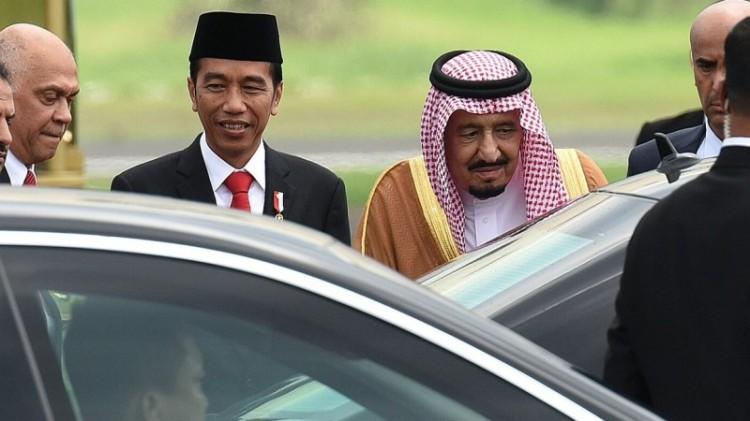 Presiden Jokowi sambut langsung Raja Salman di Bandara