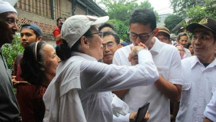 Sandiaga Uno berkampanye bersama ibunda