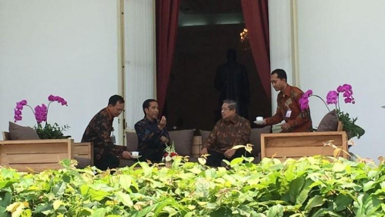 SBY dan Jokowi ngeteh di Istana