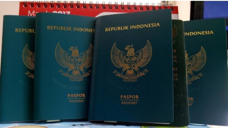 Syarat bikin paspor memiiki tabungan Rp 25 juta