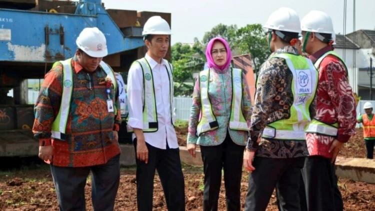 Jokowi meresmikan peletakan batu pertama pembangunan rusunami di Tangsel