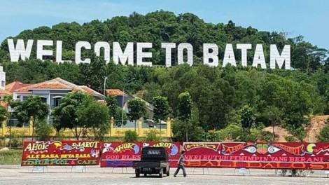 Kantor Wali Kota Batam Juga Dibanjiri Karangan Bunga untukAhok-Djarot