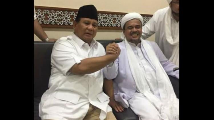 Prabowo dan Rizieq salam komando