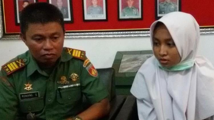 Kapten Ronang dan siswi korban pembegalan di Makodim Yogyakarta