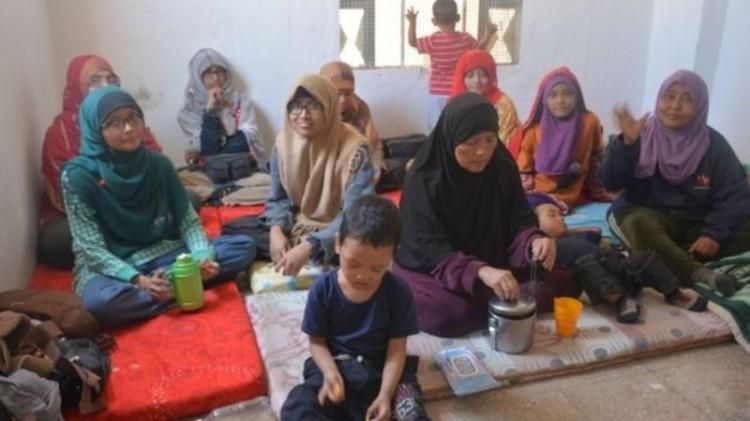 Leefa dan keluarganya di tempat pengungsian