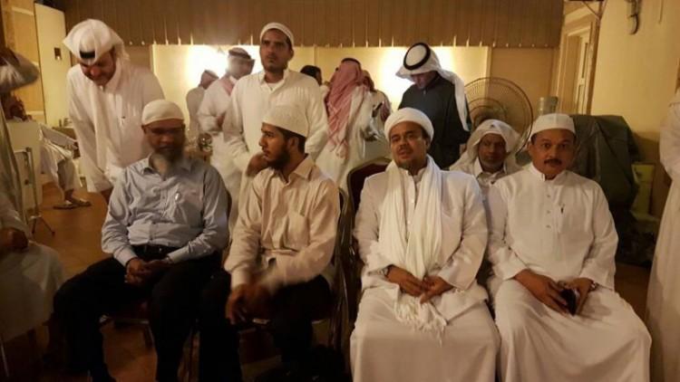 Rizieq bertemu Zakir Naik di Saudi