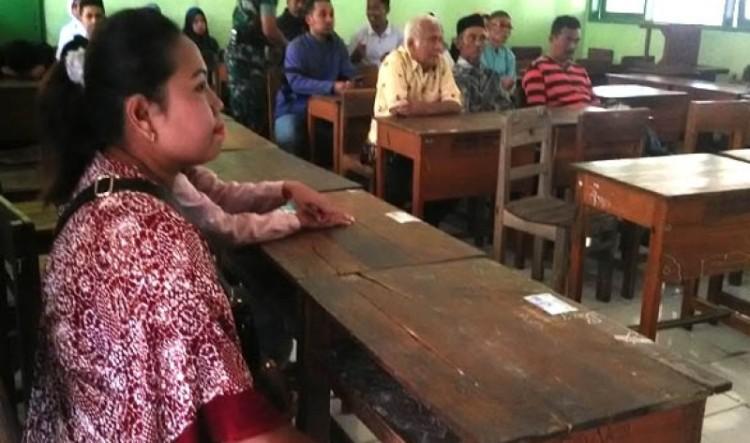 Wijiyati, ibunda Rosita saat menghadiri mediasi