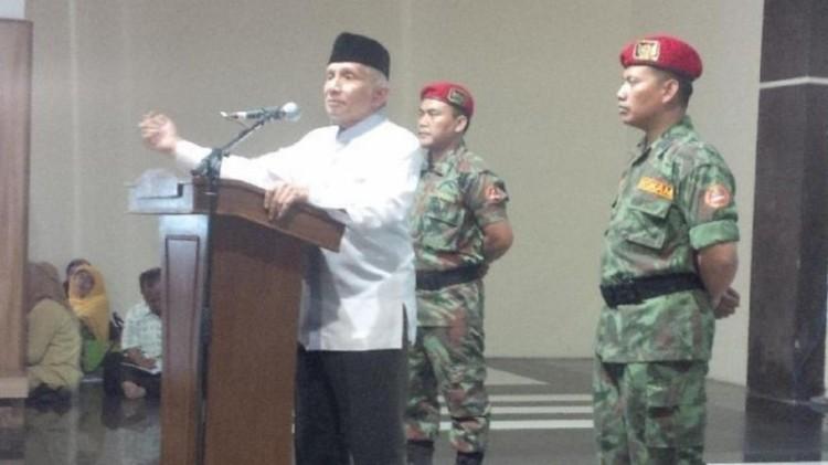 Amien Rais di Masjid Raya Mujahidin Bandung