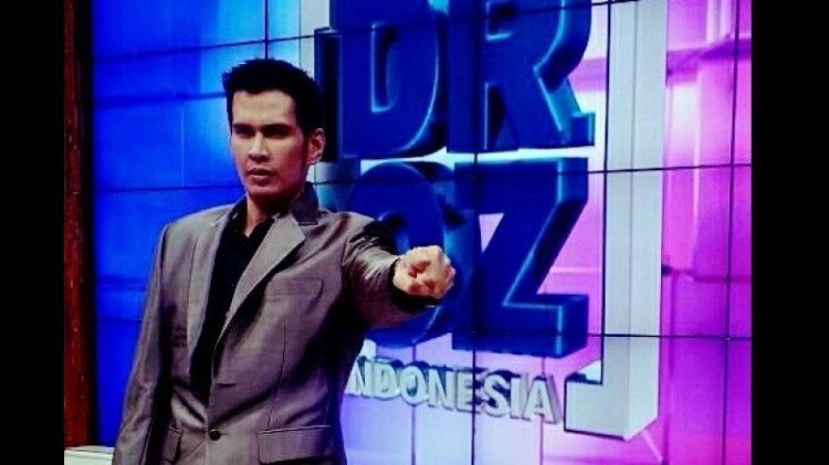 Ryan Thamrin, host DR OZ Indonesia
