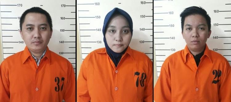 Tampang Andika Surachman, Anniesa Hasibuan, dan Kiki Hasibuan di tahanan