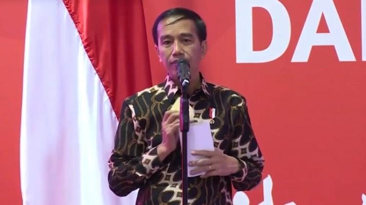 Rambut Jokowi berantakan saat berpidato di KBRI Singapura