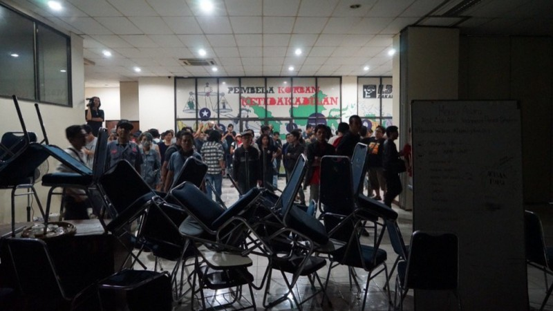 Gelar Diskusi 1965, LBH Jakarta Sengaja Beri 'Umpan' untuk Serang Jokowi?