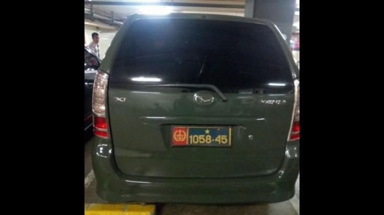 Mobil yang digunakan Anwari