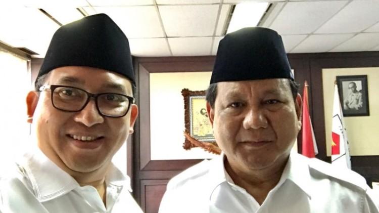 Fadli Zon selfie dengan Prabowo Subianto