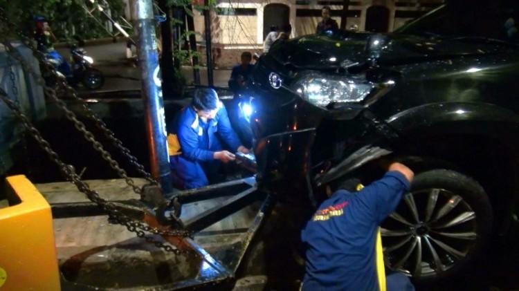 Fortuner Setya Novanto yang mengalami kecelakaan
