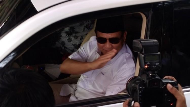 Prabowo Subianto usai mendaftarkan Partai Gerindra ke KPU