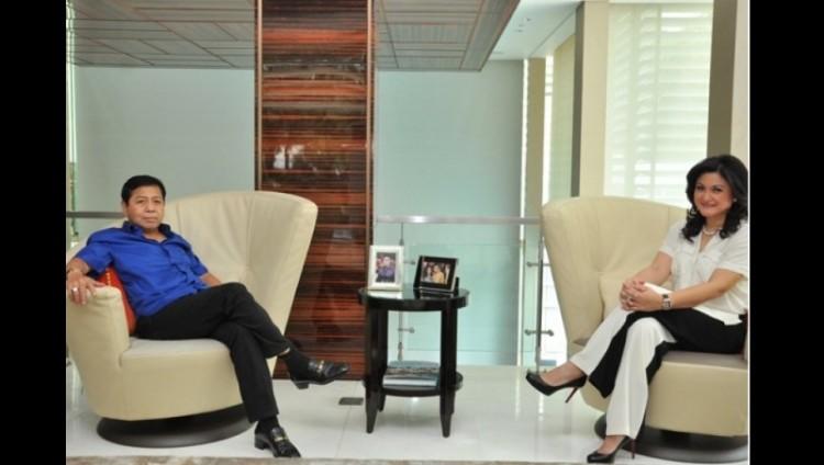 Setya Novanto dan istri di rumahnya