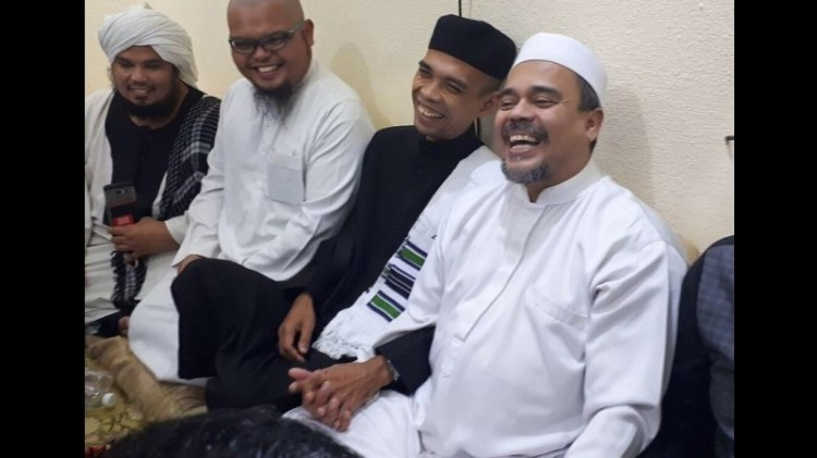 Abdul Somad bertemu Rizieq di Mekkah