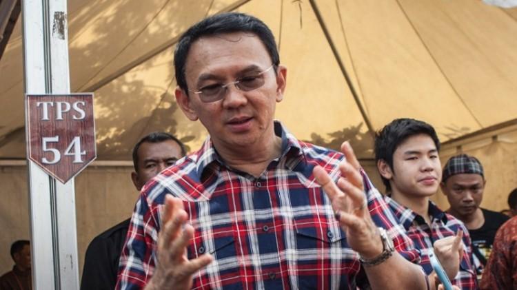 Ahok memberikan pernyataan usai pencoblosan Pilgub DKI 2017