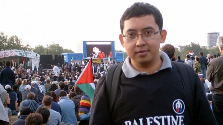 Foto Fadli Zon dalam aksi bela Palestina pada 2002