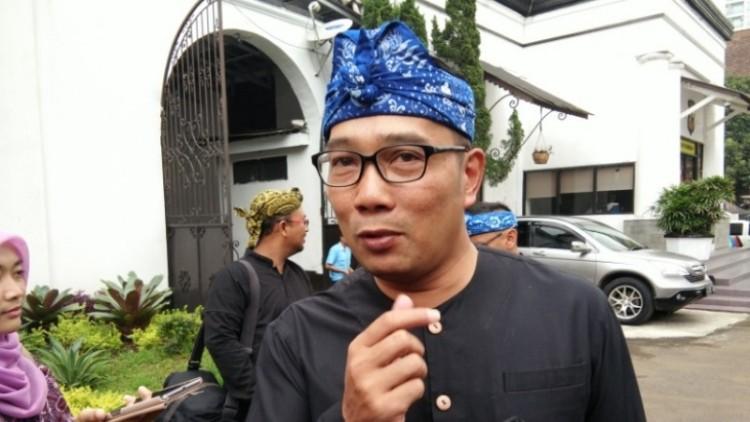Ridwan Kamil di Mapolresta Bandung
