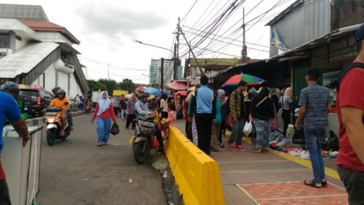 Suasana Jalan Jatibaru Raya, Tanah Abang
