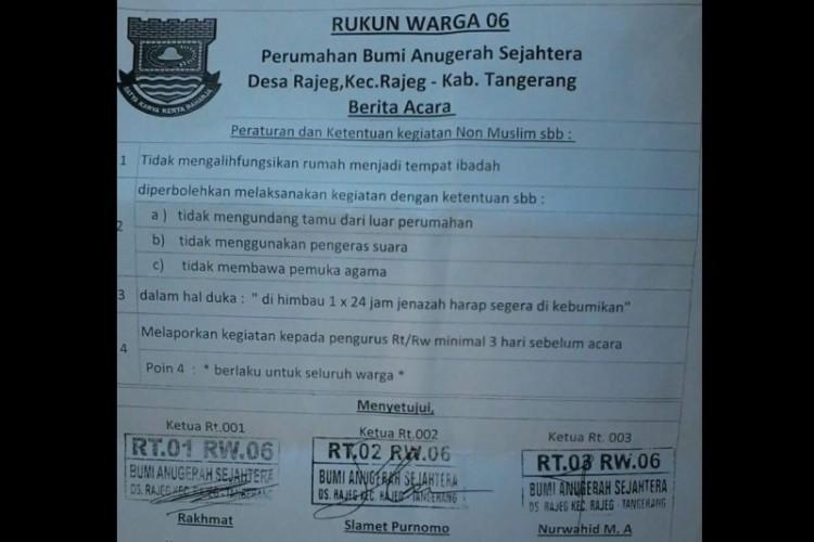 Surat edaran RW 06 di Desa Rajeg, Tangerang